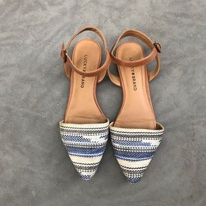 Lucky Brand closed toe ankle strap flats Size 8.5